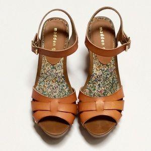 """Madden Girl """"Cindiee"""" Platform Sandals"""